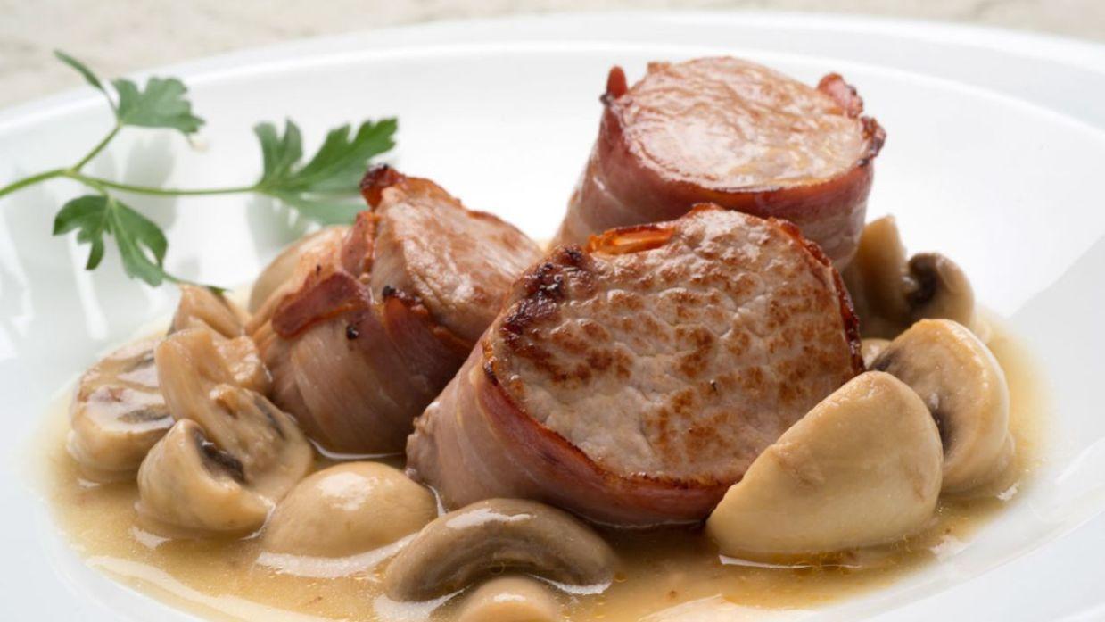 Receta De Solomillo De Cerdo Con Champiñones En Salsa Karlos Arguiñano