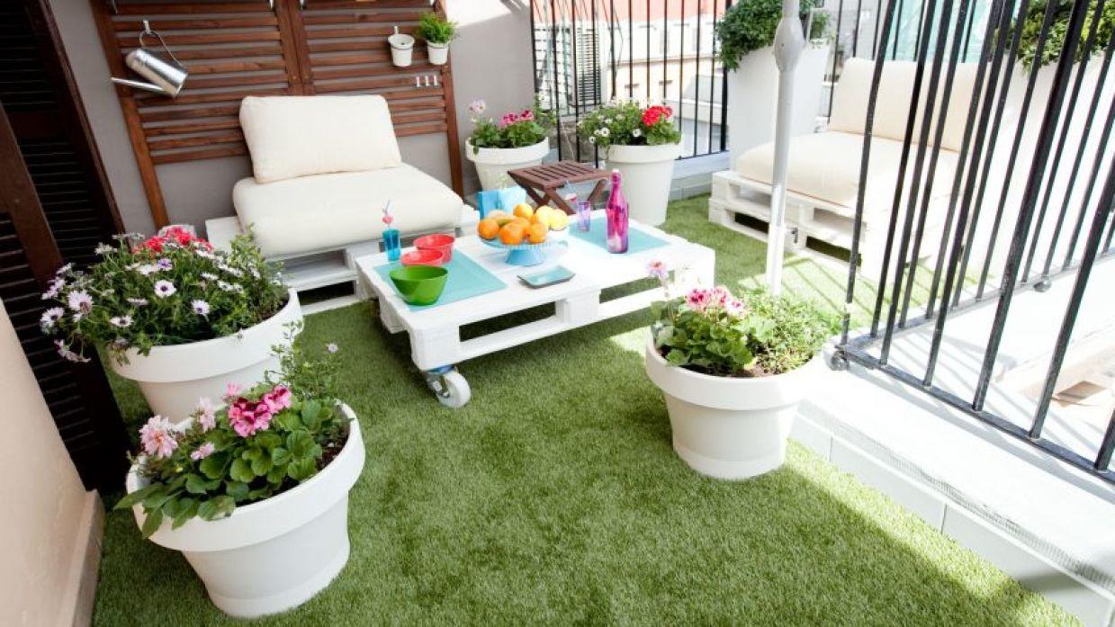 Composición Con Plantas De Primavera Y Verano Para Terraza Decogarden