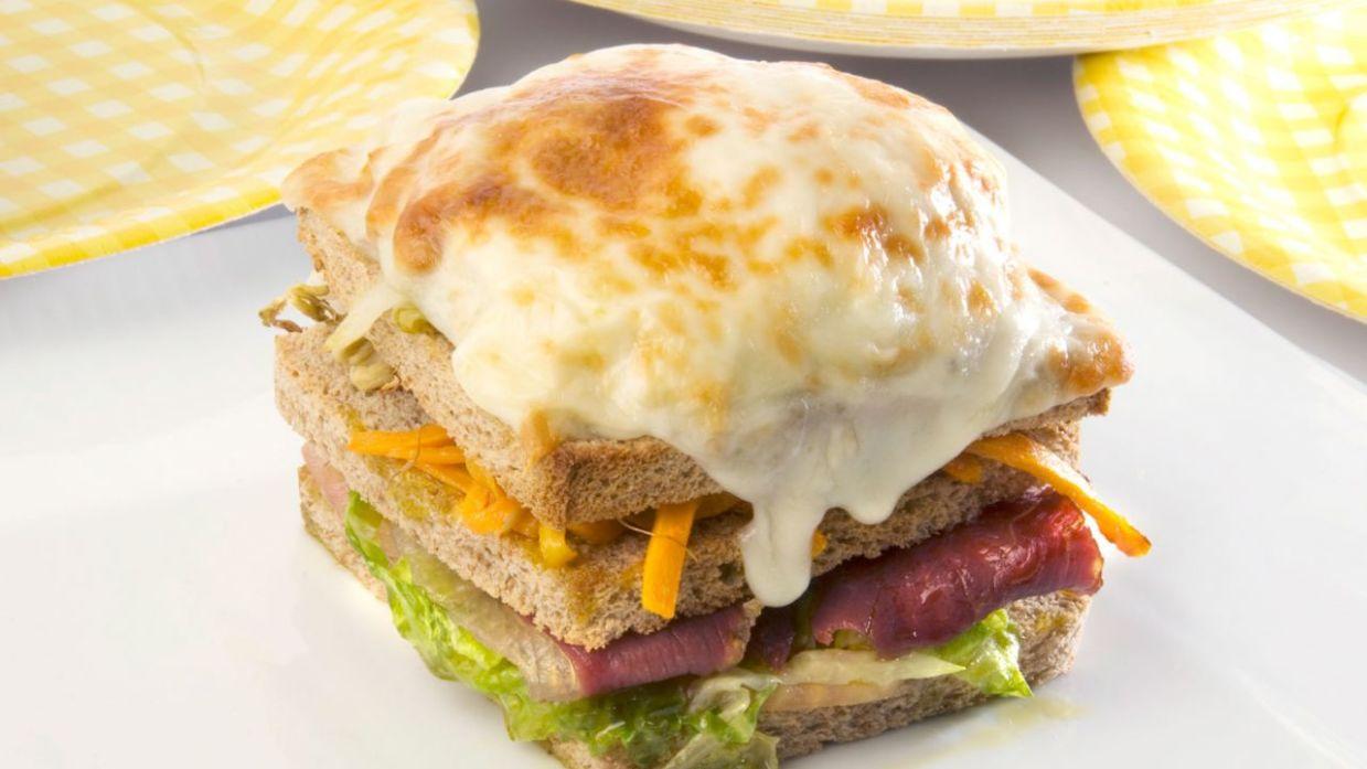 Receta De Sandwich Vegetal Con Huevo Ramón Roteta
